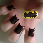 Batman é a inspiração destas unhas decoradas. (Foto:Divulgação)