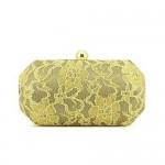 Clutch renda dourada . (Foto: divulgação)