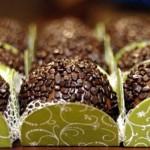 Forminhas delicadas e charmosas para brigadeiros gourmet. (Foto:Divulgação)