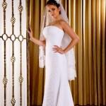 Vários modelos de vestidos podem ser encontrados para noivas baixinhas (Foto: divulgação).