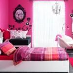 O rosa se destaca na decoração do quarto teen. (Foto:Divulgação)