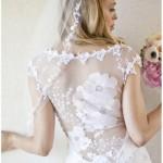 A transparência proporciona muita beleza, elegância e sofisticação às noivas (Foto: divulgação).