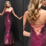 Os vestidos sereia vão desde os bordados até os lisos (Foto: divulgação).