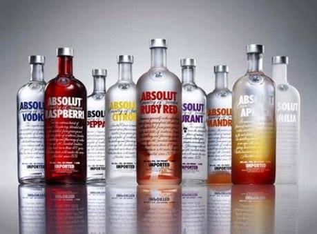 Várias garrafas de Absolut juntas. (Foto:Divulgação)