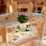 Mesa de convidados decorada com simplicidade. (Foto:Divulgação)