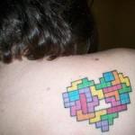 Tatuagem inspirada no jogo tetris. (Foto:Divulgação)