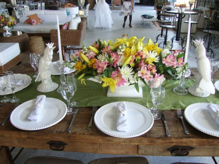 As flores podem ser colocadas em várias partes da casa (Foto: divulgação).