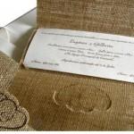 Convite inspirado na natureza, feito de papel e juta. (Foto:Divulgação)