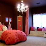 Os quartos com parede escura caem bem para qualquer idade (Foto: Divulgação)