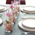 A decoração da mesa de casamento simples pode ter requinte e sofisticação (Foto: Divulgação)