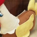 Os pesos de porta em forma de galinha de pano são ótimas opções de escolha. (Foto: divulgação)