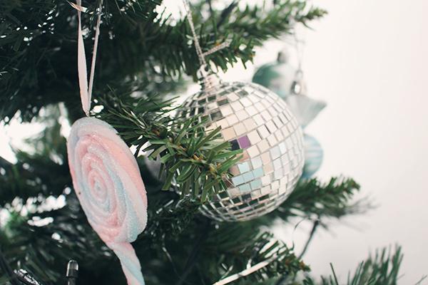 Árvore de Natal 25 de Março Ofertas e Promoções (Foto: Divulgação)