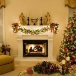 Árvore de natal decora  sala de estar. (Foto: Divulgação)
