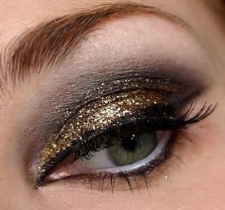 Maquiagem com glitter para balada: dicas, como fazer
