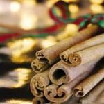 Os paus de canela também podem ser utilizados para enfeitar e aromatizar o ambiente. (Foto divulgação)