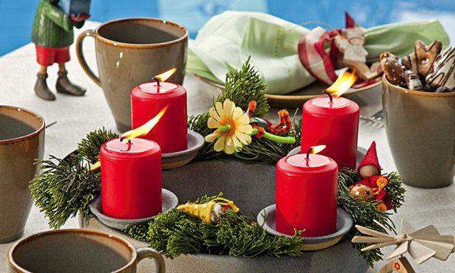 Decoração com velas para a noite de Natal (Foto: Divulgação)