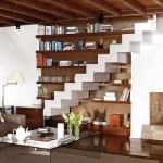 Escadas sem corrimão são sofisticadas, porém perigosas. (Foto: divulgação)