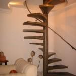 Modelos de escada com corrimão suspenso são belíssimos. (Foto: divulgação)