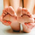 Receita caseira para hidratar os pés no verão