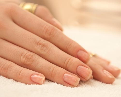 Acetona e removedor de esmalte: entenda a diferença