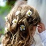 Escolha os penteados das daminhas diferente do escolhido pela noiva. (Foto: divulgação)