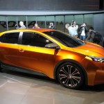 A nova geração do Corolla terá como base o conceito Furia, apresentado recentemente (Foto: Divulgação)