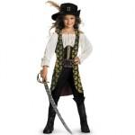 Fantasia de pirata é para as crianças aventureiras. (Foto: divulgação)