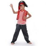 Meninas e meninos adoram se vestir de pirata. (Foto: divulgação)