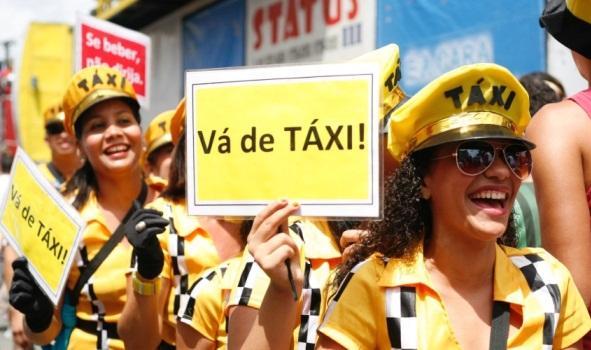 Fantasias Carnaval 25 de Março Lojas e Preços