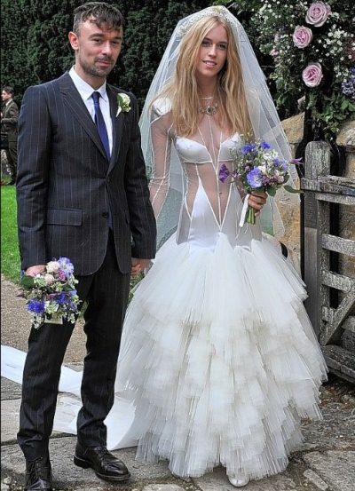 O que é considerado cafona no visual da noiva