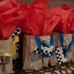 Lembrancinhas da festa infantil com tema Carros.  (Foto:Divulgação)