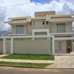 Nesse caso, combinou-se a fachada com o estilo da casa (Foto: Divulgação)