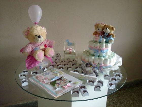 A decoração do chá de bebê de gêmeos pode ser feita de várias formas. (Foto: divulgação)