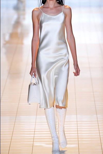 Slip dress: modelos, fotos, como usar