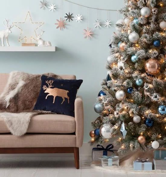 arvore de natal decorada sala decorada