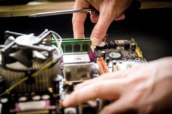 Cursos na área de informática estão com vagas abertas (Foto Ilustrativa)