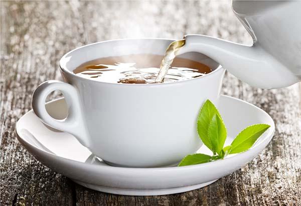 Chá para Descer a Menstruação