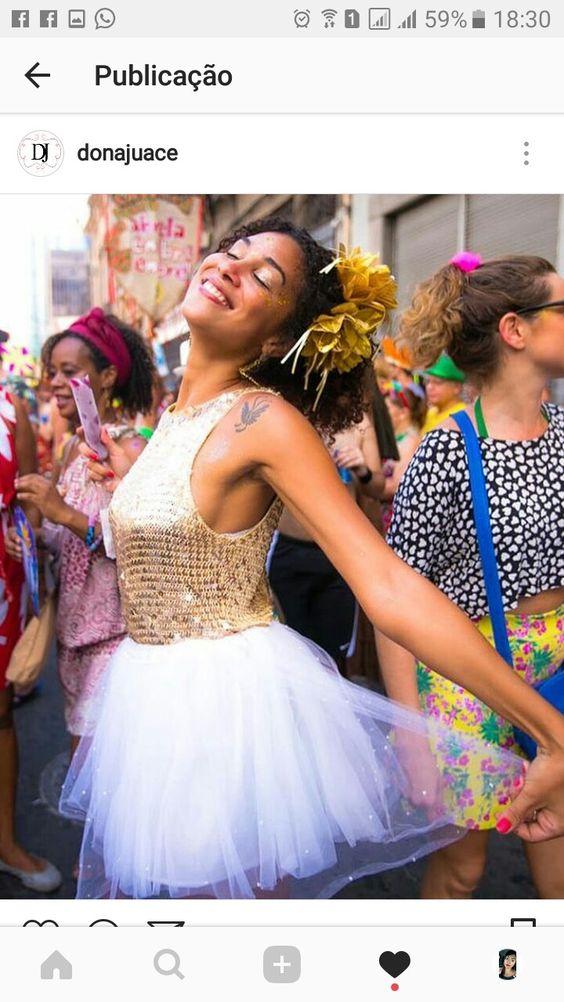 fantasia feminina de carnaval com blusinha paete