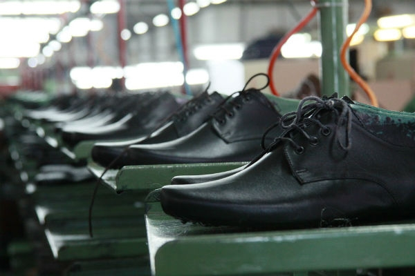 Calçados para revender direto da fábrica