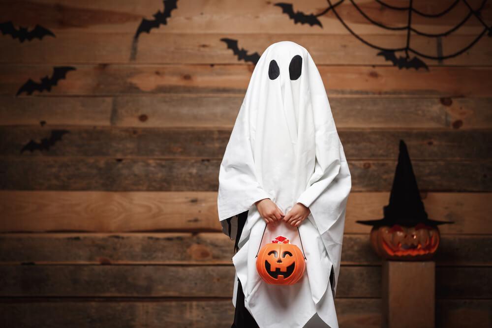 fantasia de fantasma para halloween