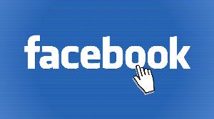 Como remover a barra lateral do Facebook