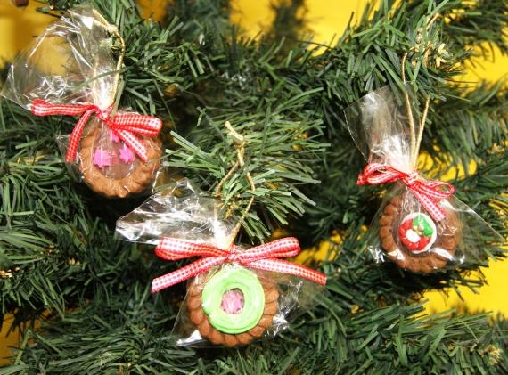 Enfeites comestíveis na árvore de natal