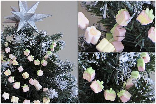 Marshmallows na árvore de natal