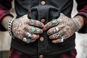 Tatuagens com mensagens para 2017