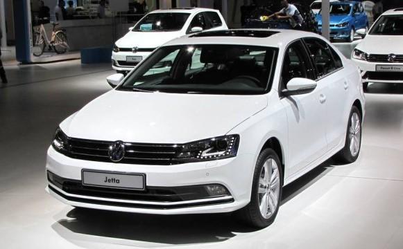 Volkswagen Jetta com motor 1.4 TSI 2016: fotos, preços
