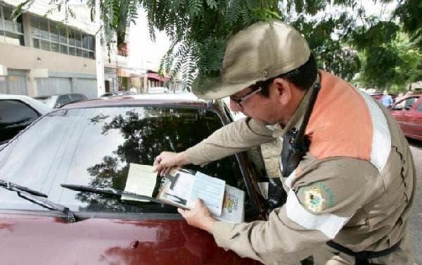 Detran RS - carro com multa