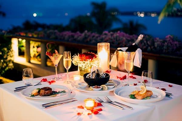 Principais Restaurantes para o Dia dos Namorados em Florianópolis decoração com flores