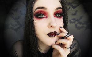 Maquiagens Góticas tendências 2017