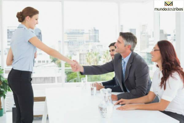 Curriculum Para Primeiro Emprego - Como Fazer (Foto: Divulgação)
