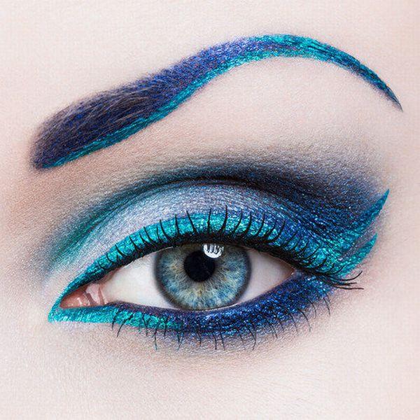 Aprenda a usar cores fortes nos olhos (Foto Ilustrativa)